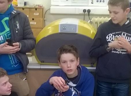 Cosmo broedmachine op school