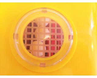 broedmachine met rooster zodat je ook vanboven zicht hebt op de eieren