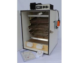 binnenkant slaglatten broedmachine